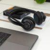 JLab Headset für den Office-Bereich: GO Work Bluetooth-Headset wechselt automatisch zwischen Smartphone, Notebook oder PC