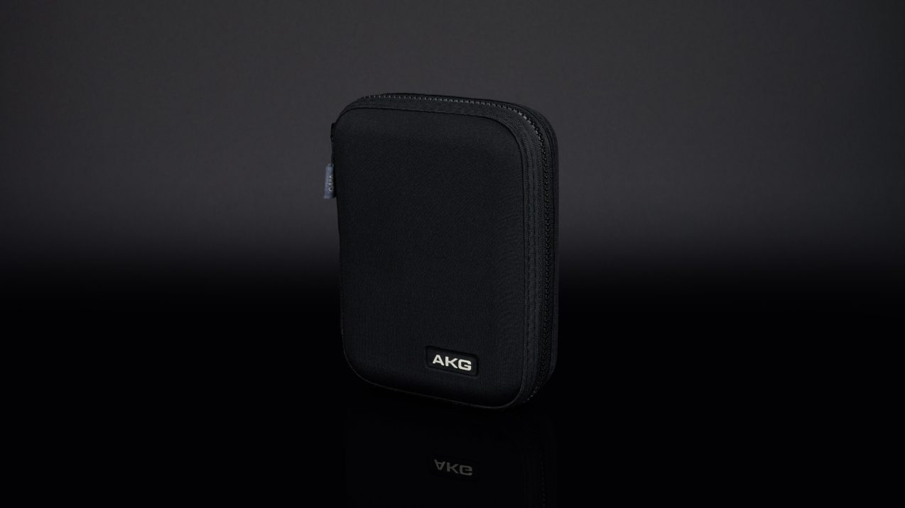 AKG Q 460