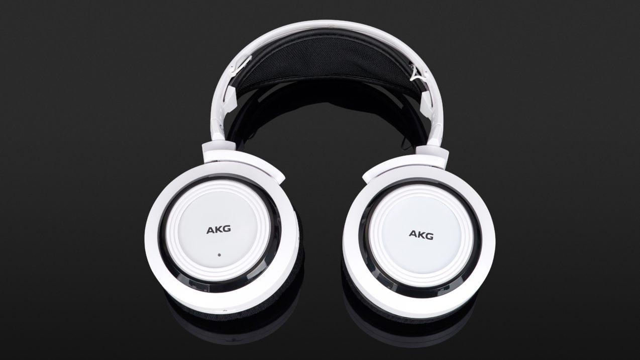 AKG K 935
