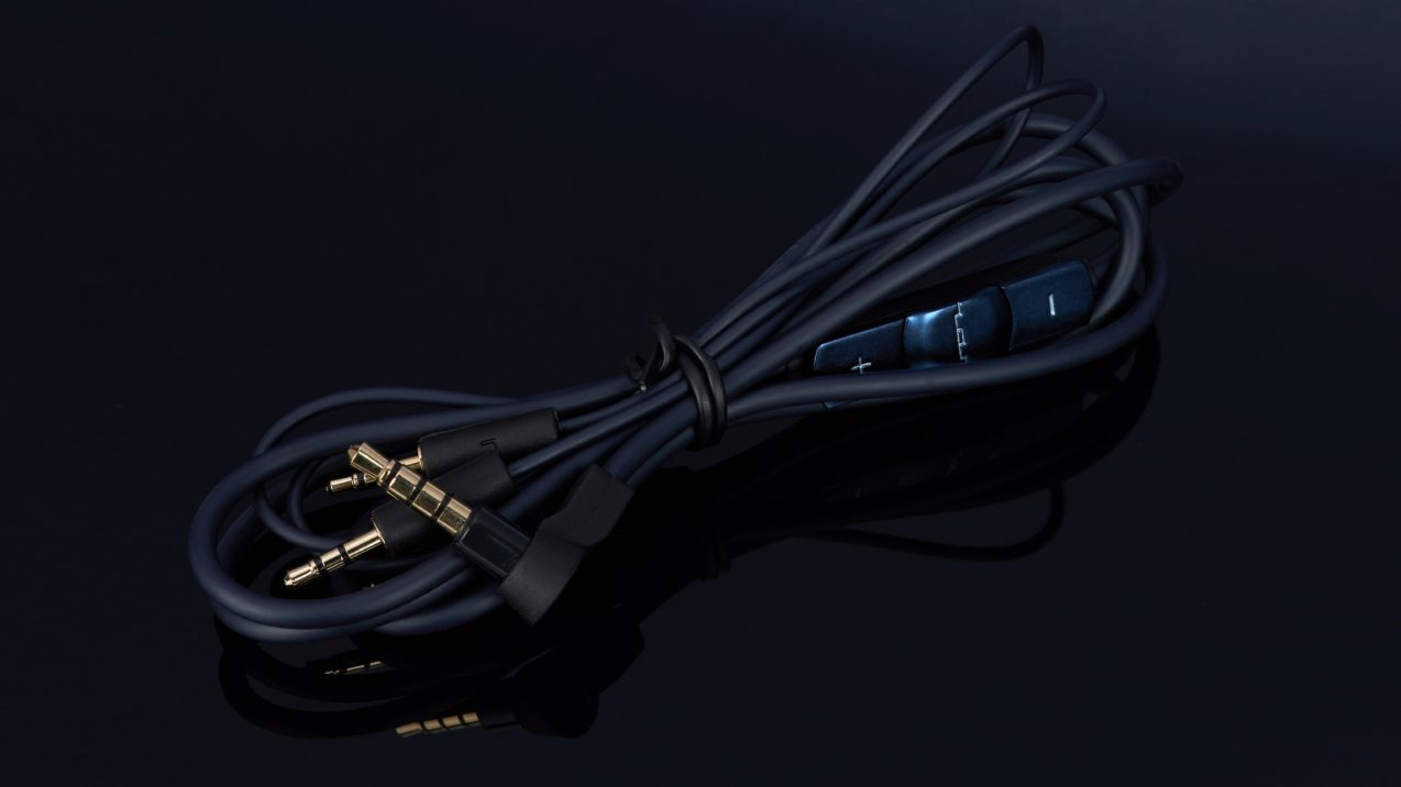 Sol Republic Tracks Ultra V12