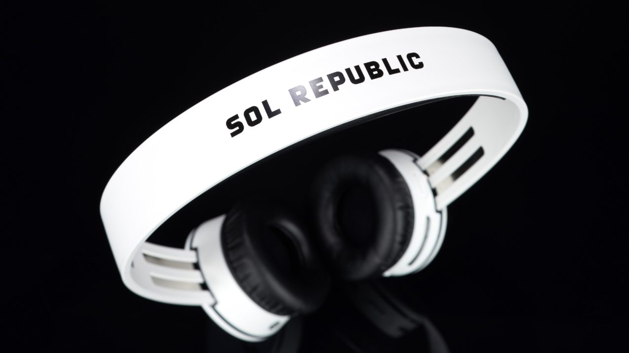 Sol Republic Tracks Air