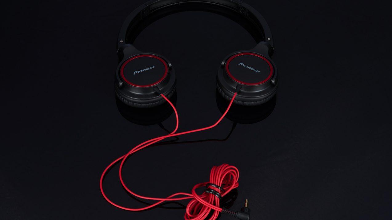 Pioneer SE-MJ512 Red