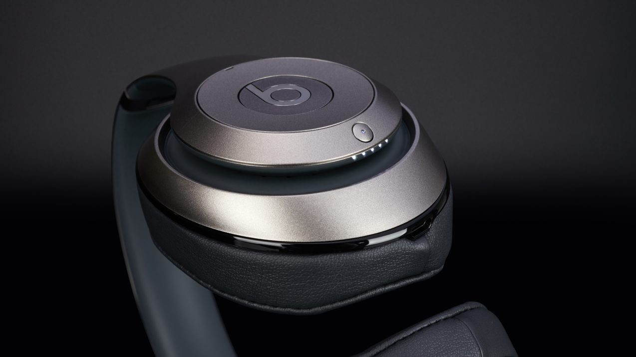 Beats by Dr. Dre Studio 2.0 Titanium