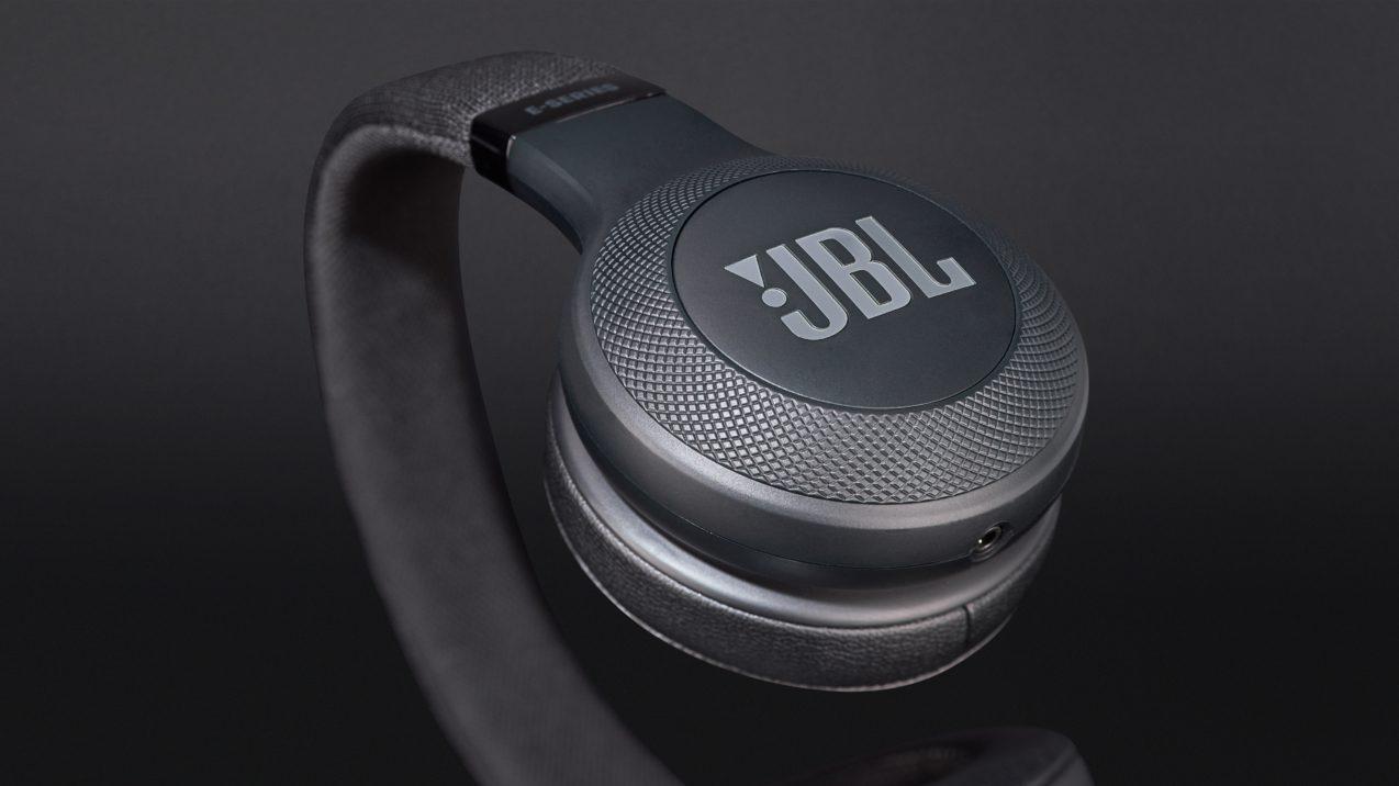 JBL E35